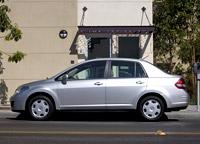 Nissan Tiida 4D